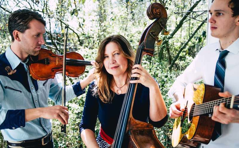 Missy Raines Trio on Southern Style.